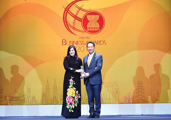 Vietjet: Doanh nghiệp tốt nhất ngành hàng không tại Đông Nam Á 2019 - Ảnh 1.