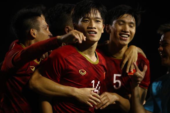 Cuộc thi bình luận bóng đá SEA Games 30 Cực chất - cực ngắn: Bạn đọc Phi Long đoạt giải nhất - Ảnh 1.