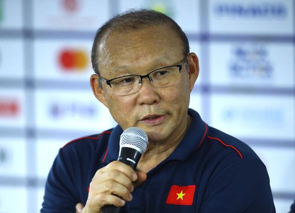 HLV Park Hang Seo: 'U22 Viet Nam da the hien tinh than khong bao gio bo cuoc'