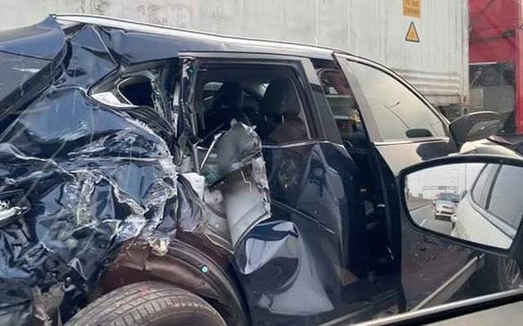Cao tốc TP.HCM - Long Thành - Dầu Giây kẹt cứng sau tai nạn - Ảnh 2.