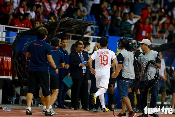 Quang Hải lỡ cơ hội thi đấu trong phút cuối trận thắng U22 Indonesia - Ảnh 2.