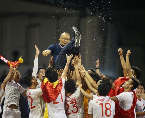 Bạn đọc Phương Phương đoạt giải nhất cuộc thi bình luận trận U22 Việt Nam - Indonesia - Ảnh 1.