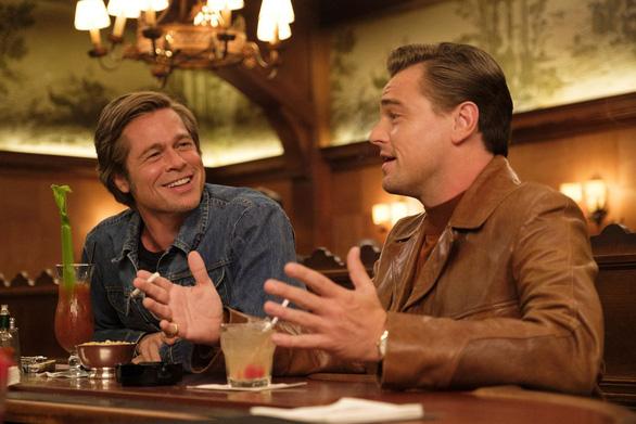 Quả Cầu Vàng 2019: Cuộc chiến vai phụ giữa Tom Hanks và Brad Pitt? - Ảnh 3.