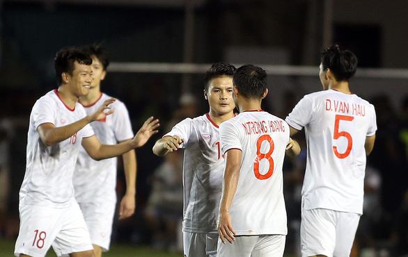 Quang Hải lỡ cơ hội thi đấu trong phút cuối trận thắng U22 Indonesia - Ảnh 8.