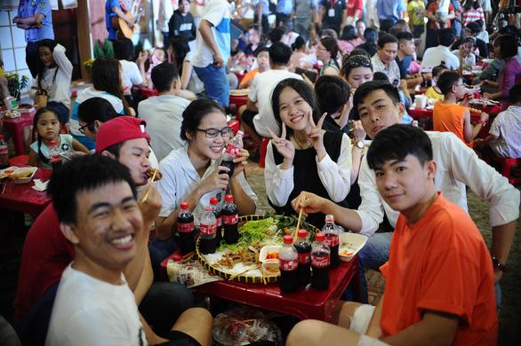 Hành trình chinh phục tín đồ ẩm thực Việt của Coca-Cola - Ảnh 4.