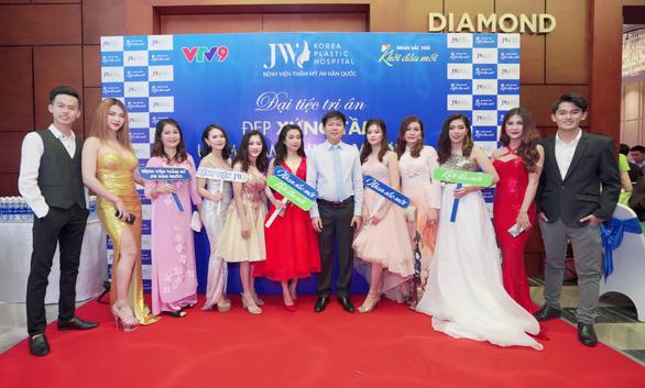 Hơn 2.000 khách hàng quy tụ tại đại tiệc thẩm mỹ của Bệnh viện JW - Ảnh 5.