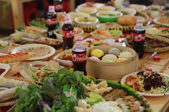 Hành trình chinh phục tín đồ ẩm thực Việt của Coca-Cola - Ảnh 5.