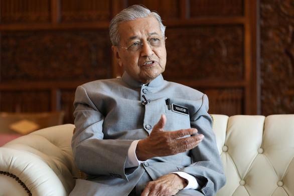 Thủ tướng 94 tuổi của Malaysia sẽ lùi về hậu trường vào năm sau? - Ảnh 1.