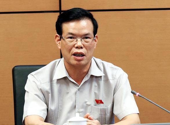 Bộ Chính trị khiển trách ông Triệu Tài Vinh vì né tránh trách nhiệm vụ gian lận thi cử - Ảnh 1.