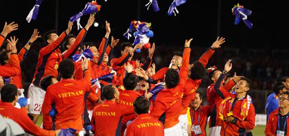 Liên đoàn Bóng đá châu Á: Chiến thắng lịch sử của Rồng Vàng - Ảnh 1.