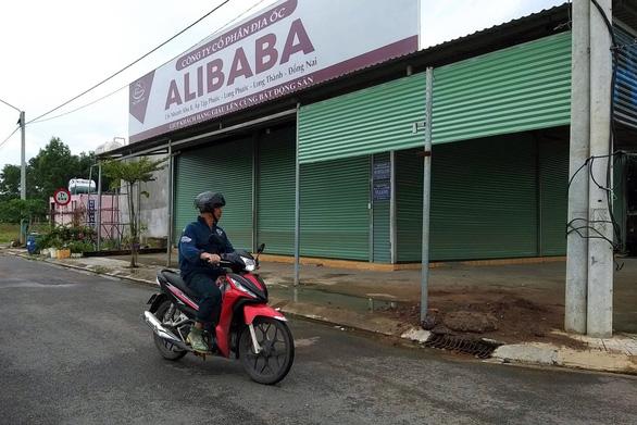 Điều tra việc ban hành văn bản tiếp tay cho Alibaba phân lô bán nền - Ảnh 1.