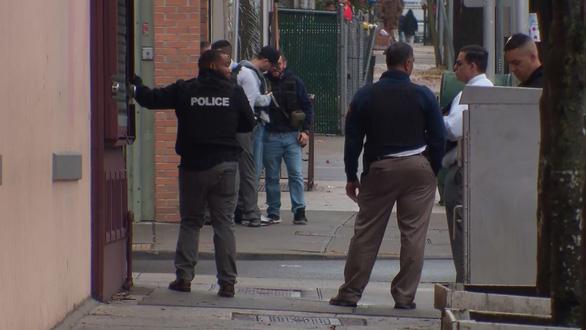 Đấu súng dữ dội cả tiếng ở New Jersey, ít nhất 6 người chết - Ảnh 1.