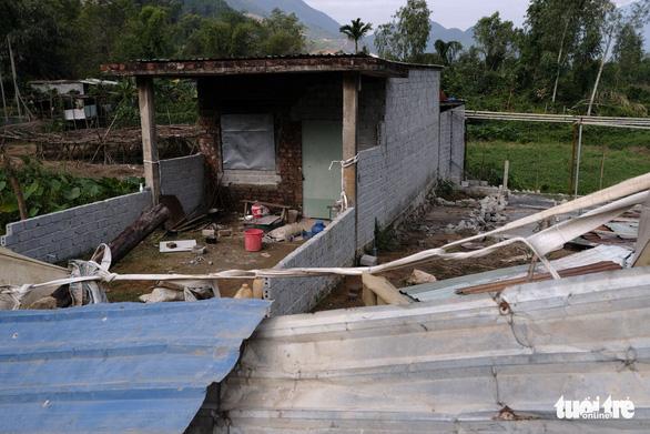 Đà Nẵng phá dỡ nhiều công trình tạm bợ trái phép nghi đón đền bù giải tỏa - Ảnh 5.