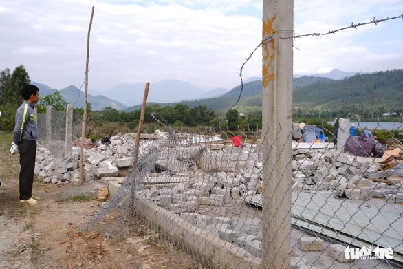 Đà Nẵng phá dỡ nhiều công trình tạm bợ trái phép nghi đón đền bù giải tỏa - Ảnh 6.