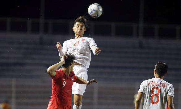 Nuôi con thế nào để có chiều cao như cầu thủ bóng đá đội tuyển Việt Nam?
