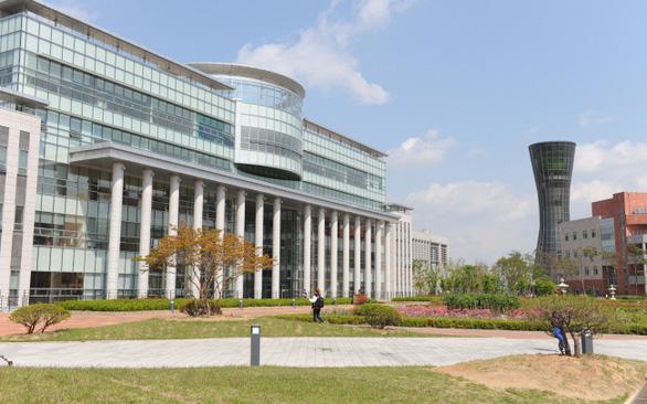 Du học sinh ở Hàn Quốc sẽ bị truy nã, ở tù vì bỏ học làm chui - Ảnh 1.