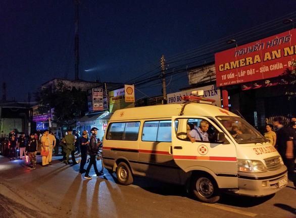 Đi ăn tối, một người đàn ông bị xe container cán chết tại chỗ - Ảnh 2.
