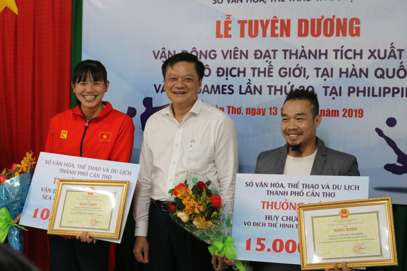Cần Thơ thưởng nóng, tặng bằng khen cho Ánh Viên và VĐV đoạt huy chương - Ảnh 1.