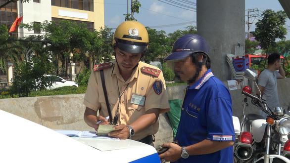 1 tháng tổng kiểm soát xe cộ: CSGT TP.HCM phạt mút khung, tai nạn giao thông giảm - Ảnh 1.