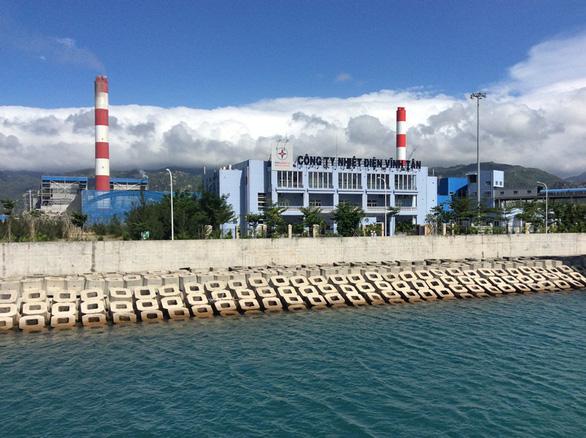 Bụi đen xuất hiện tại Trung tâm điện lực Vĩnh Tân: chưa rõ từ đâu ra - Ảnh 1.