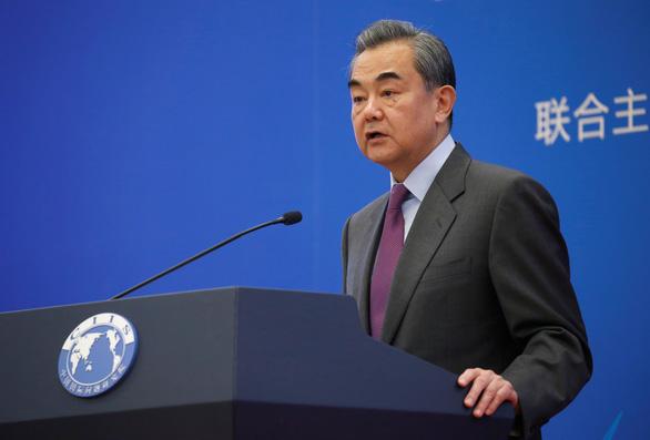 Vừa đạt thỏa thuận thương mại, Trung Quốc nói Mỹ 'gây tổn hại niềm tin', 'bị hoang tưởng' - Ảnh 1.