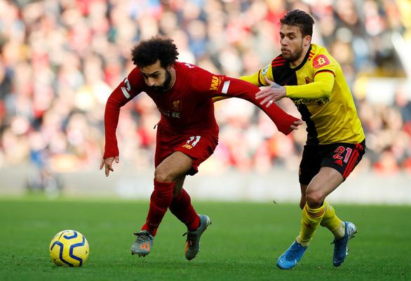 Thắng Watford, Liverpool hơn Man City 17 điểm - Ảnh 2.