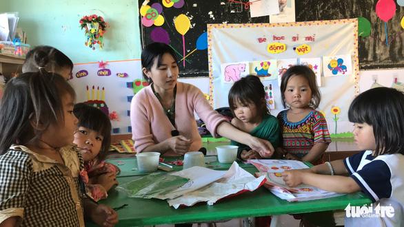 8 cô giáo mầm non tình nguyện dạy không lương đã trúng tuyển viên chức - Ảnh 2.