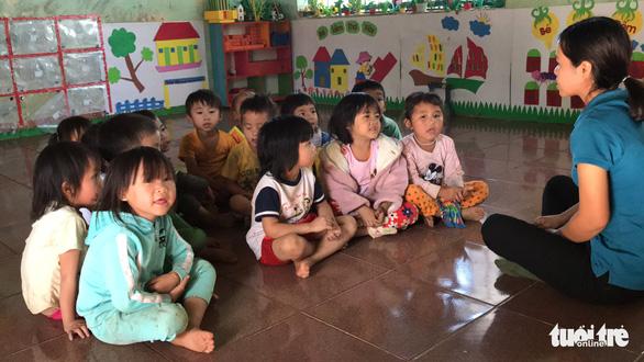8 cô giáo mầm non tình nguyện dạy không lương đã trúng tuyển viên chức - Ảnh 1.
