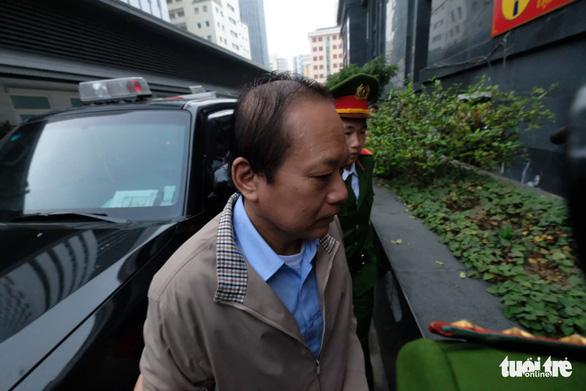 Vụ AVG: Tòa bác kiến nghị xử kín, Viện kiểm sát công bố cáo trạng - Ảnh 2.