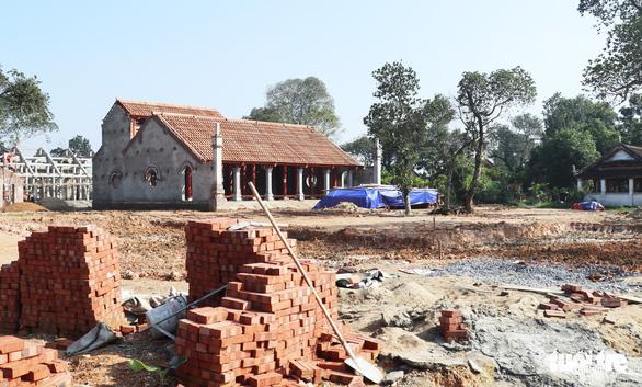Vụ xây chùa triệu đô: Đề nghị trả lại đất đã lấn chiếm - Ảnh 1.