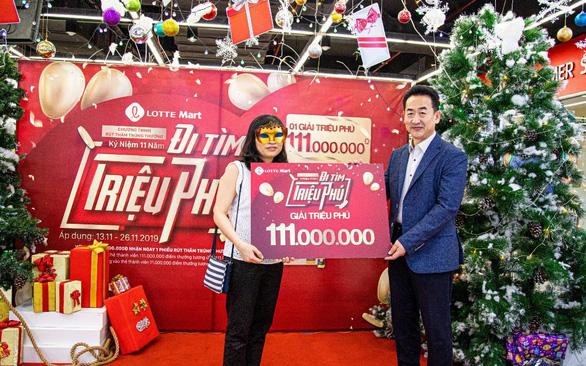 LOTTE Mart trao giải Triệu phú 111 triệu đồng cho khách hàng - Ảnh 1.