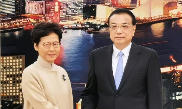 Thủ tướng Trung Quốc Lý Khắc Cường: Hong Kong vẫn tiến thoái lưỡng nan - Ảnh 1.
