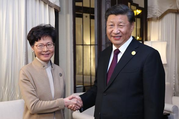 Ông Tập Cận Bình: Bắc Kinh ủng hộ vững chắc lãnh đạo Hong Kong Carrie Lam - Ảnh 1.