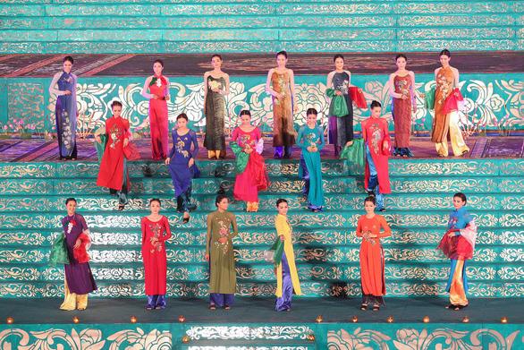 Trước tuyên bố từ Trung Quốc, Huế tôn vinh người khai sinh áo dài: chúa Nguyễn Phúc Khoát - Ảnh 1.