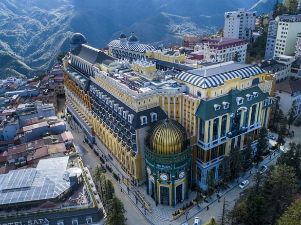 """Khám phá kiến trúc sang trọng trong """"Khách sạn biểu tượng của thế giới"""" - Ảnh 1."""