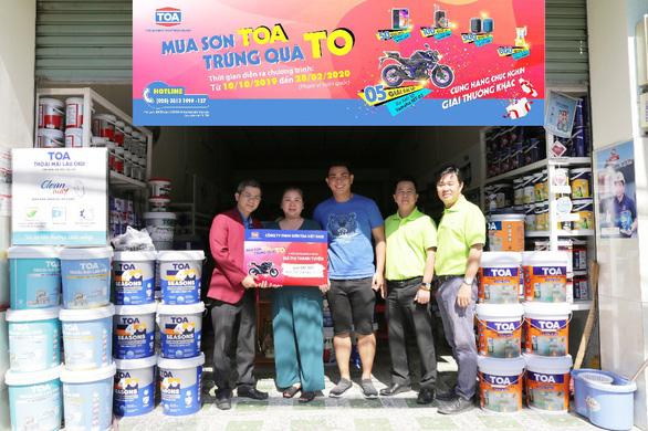 Sơn TOA trao thưởng xe mô tô cho khách hàng trúng thưởng - Ảnh 3.
