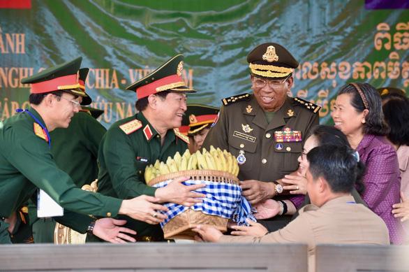 Đại tướng Ngô Xuân Lịch: Diễn tập Việt Nam - Campuchia nâng tính chủ động quân đội hai nước  - Ảnh 1.