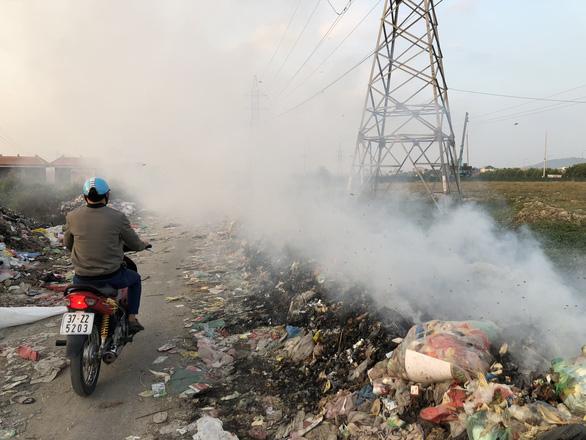 Mục sở thị con đường ô nhiễm nhất Việt Nam - Ảnh 6.