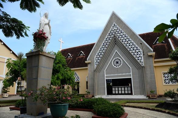 Nhà thờ và Tu viện Hội dòng Mến Thánh giá Thủ Thiêm được xếp hạng di tích - Ảnh 1.