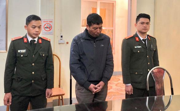 Khởi tố thêm 4 người đưa - nhận hối lộ vụ gian lận thi cử Sơn La - Ảnh 1.