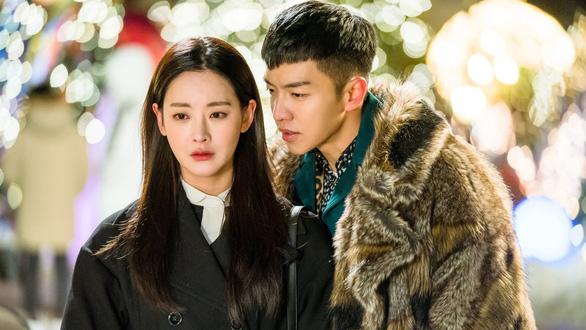 Những bí mật nhục nhã không phải ai cũng biết về hậu trường sản xuất phim Hàn - Ảnh 3.