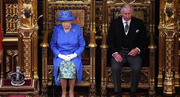Thái tử Charles muốn thanh lọc hoàng gia sau bê bối của hoàng tử Andrew - Ảnh 1.