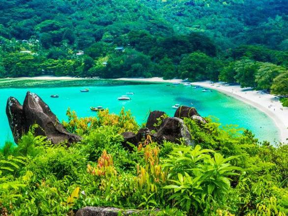 Kỳ nghỉ xa hoa nhất thế giới dừng chân ở Việt Nam có gì? - Ảnh 1.