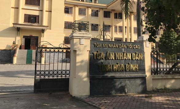 Chánh văn phòng tòa án bị bắt sau 26 năm bị truy nã liên quan vụ trộm dầu - Ảnh 2.