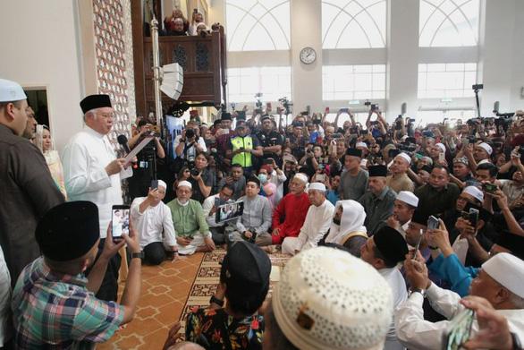 Cựu thủ tướng Malaysia thề không ra lệnh giết người mẫu Mông Cổ - Ảnh 1.