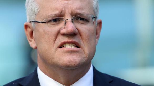 Thủ tướng Úc bị chỉ trích do đi nghỉ mát ở Hawaii giữa lúc cháy rừng lịch sử - Ảnh 2.