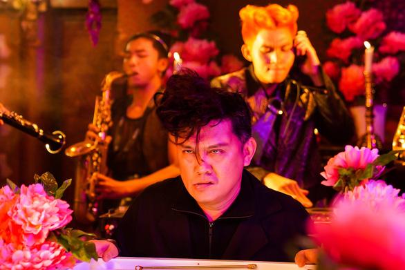 Jun Phạm ra MV Đây là một bài hát vui lấy cảm hứng từ Số đỏ - Ảnh 4.