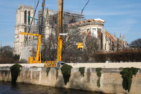 Lần đầu tiên trong 2 thế kỷ, nhà thờ Đức Bà Paris không tổ chức lễ Giáng sinh - Ảnh 1.