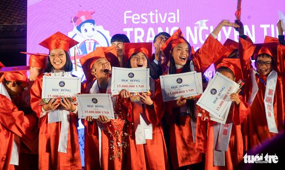 32 học sinh trở thành Trạng nguyên Tiếng Anh toàn quốc 2019 - Ảnh 1.