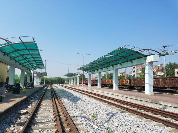 Khó bán khối sắt vụn trăm tỉ của dự án đường sắt dang dở - Ảnh 3.
